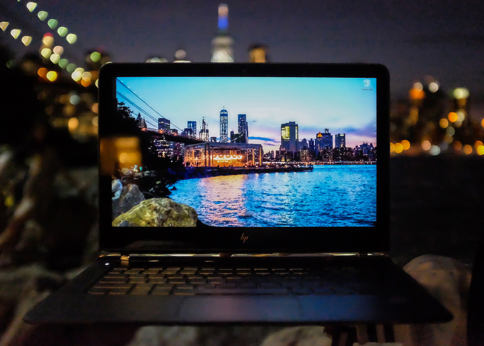 HP Spectre Brooklyn Bridge Park