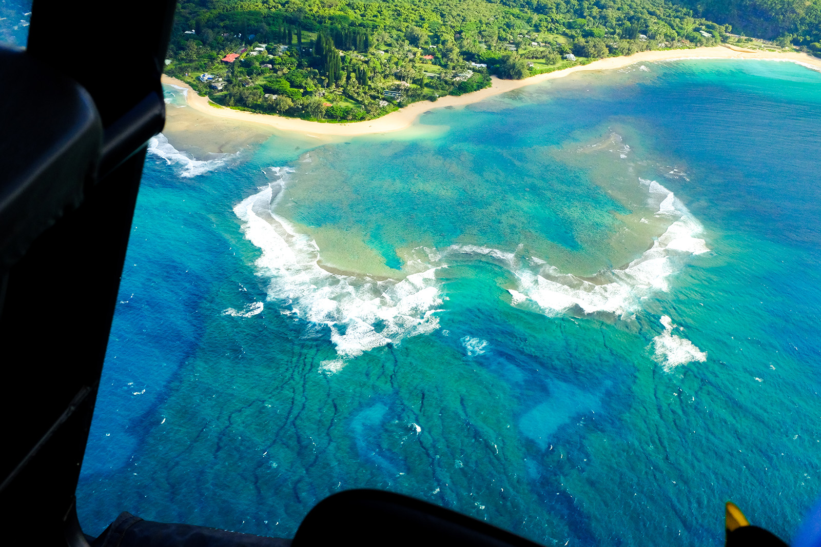 kauai helicopter tour tunnels beach